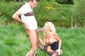 Buitensex is neuken in de polder, echte porno